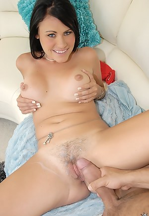 Free Cum on Pussy Porn Pictures