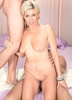 Free Threesome Porn Pictures
